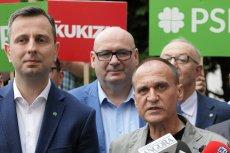 """PSL i Kukiz'15 straciły na koalicji. Tak wynika z sondażu Kantar dla """"Faktów"""" TVN i TVN24."""
