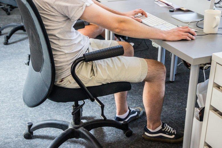 Uwalnianie nóg nie wszędzie jest mile widziane.