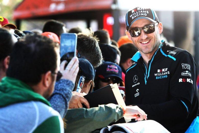 Robert Kubica nareszcie w domu. Polski kierowca po 8 latach staje ponownie na starcie wyścigu Formuły 1.