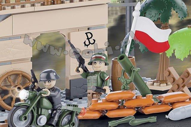 """Firma Cobi przekonuje, że klockami z serii """"Powstanie Warszawskie"""" mogą się bawić dzieci mające co najmniej 5 lat"""