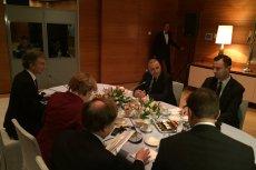 Przedstawiciele opozycji - Grzegorz Schetyna z PO i Władysław Kosiniak-Kamysz spotkali się we wtorek z kanclerz Niemiec Angelą Merkel.