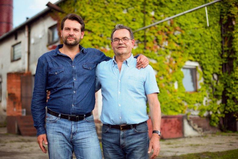 Łukasz Karmowski z ojcem