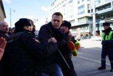Moment schwytania rosyjskiego opozycjonisty Aleksieja Nawalnego.