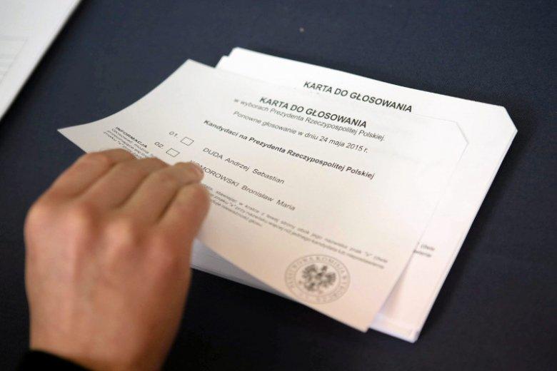 Konsulat w Chicago udostępnił wyniki II tury wyborów. PKW zaprzecza jednak pogłoskom o złamaniu ciszy wyborczej.