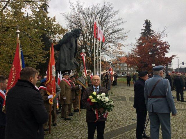 Wczoraj, 10 listopada, złożyłem kwiaty pod pomnikiem Marszałka Józefa Piłsudskiego w Gdańsku Wrzeszczu.