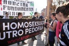 Osoby LGBT w Polsce ciągle spotykają się z dyskryminacją i przemocą