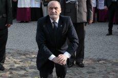 Antoni Macierewicz chce, by opublikowano 40 tys. świadectw Polaków ratujących Żydów, które zebrał ojciec Tadeusz Rydzyk