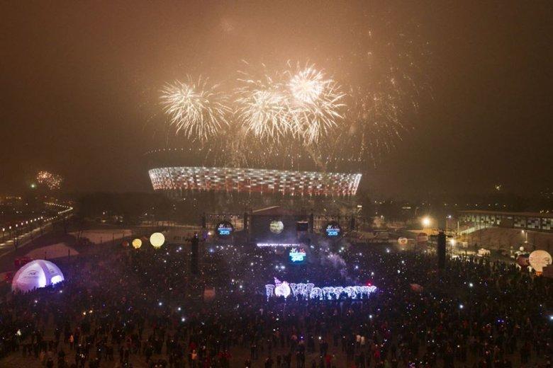 """""""To było wyjątkowo spektakularne rozpoczęcie Nowego 2015 Roku."""" napisała na swym profilu Prezydent Hanna Gronkiewicz-Waltz"""