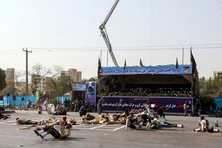 Terroryści przeprowadzili zamach na paradzie wojskowej w Ahwazie (Iran)