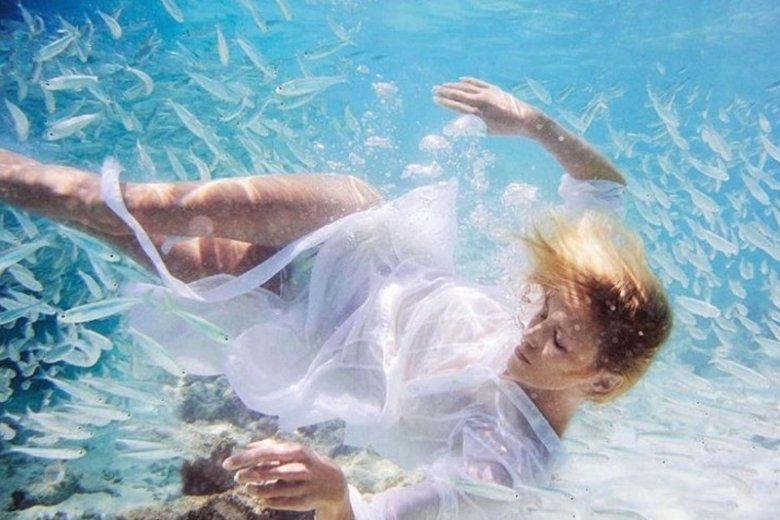 Zanieczyszczenia środowiska w tym oceanów to już ogromny problem. Całe szczęście coraz więcej miejsc wycofuje się z używania plastikowych opakowań czy słomek