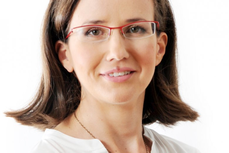Anna Mierzyńska przeanalizowałowa 1000 profili użytkowników na Facebooku – fanów Andrzeja Dudy, Beaty Szydło, Grzegorza Schetyny i Ryszarda Petru.
