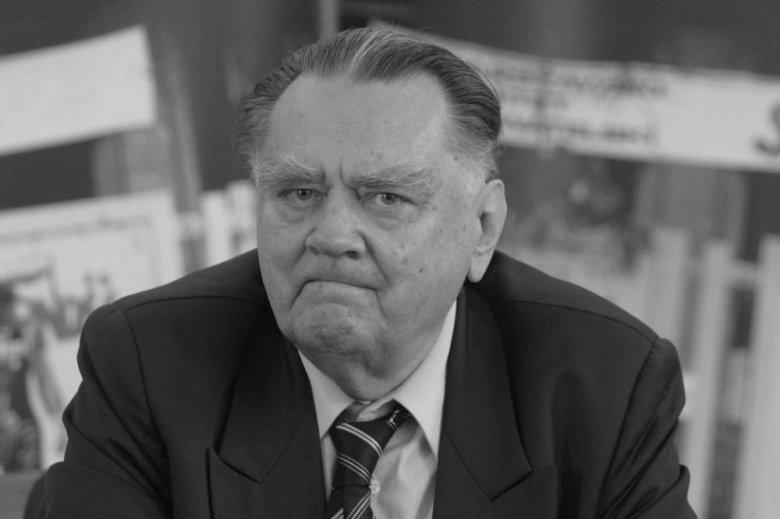 Michał Dworczyk z KPRM podał szczegóły uroczystości pogrzebowych Jana Olszewskiego.