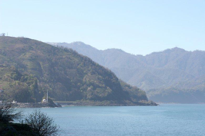 Granica gruzińsko-turecka, to jedno z najbardziej malowniczych miejsc w Adżarii.