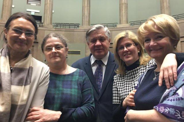 Pawłowicz broni kolegę z PiS jak lwica. Na zdjęciu m.in. z krytykowanym za drzemkę ministrem Jurgielem