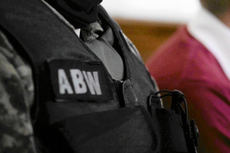Zatrzymany przez ABW Piotr D. pracował dla Orange, Weijing W. był jednym z szefów Huawei Polska.