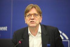 Polski sąd chce uchylenia immunitetu Guyowi Verhofstadtowi.