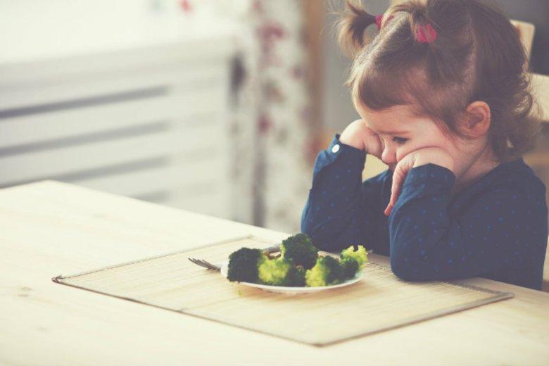 Z raportu DANONE płyną niepokojące wnioski: polskie dzieci jedzą za mało warzyw i zdecydowanie za dużo cukru