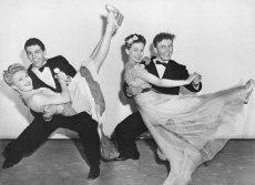 """Czy [url=""""http://shutr.bz/1hBLvy6""""]dancingi[/url] mają szansę zadomowićsięna stałe w kalendarzu imprez?"""