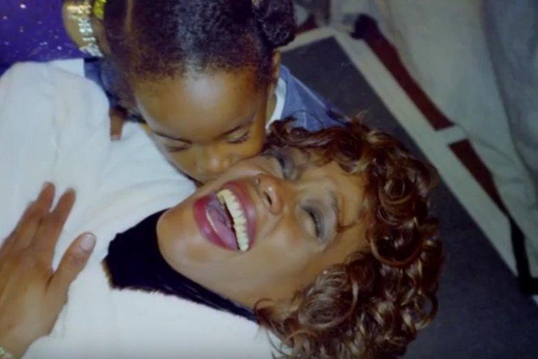 Mimo że od śmierci Whitney Houston minęło ponad 6 lat i wydaje się, że na temat życia wokalistki powiedziano jużwszystko, okazuje się, że są fakty, o których nie mieliśmy pojęcia.