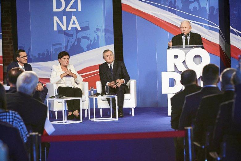 PiS na konwencji w Łodzi zaprezentowało swój program wyborczy.