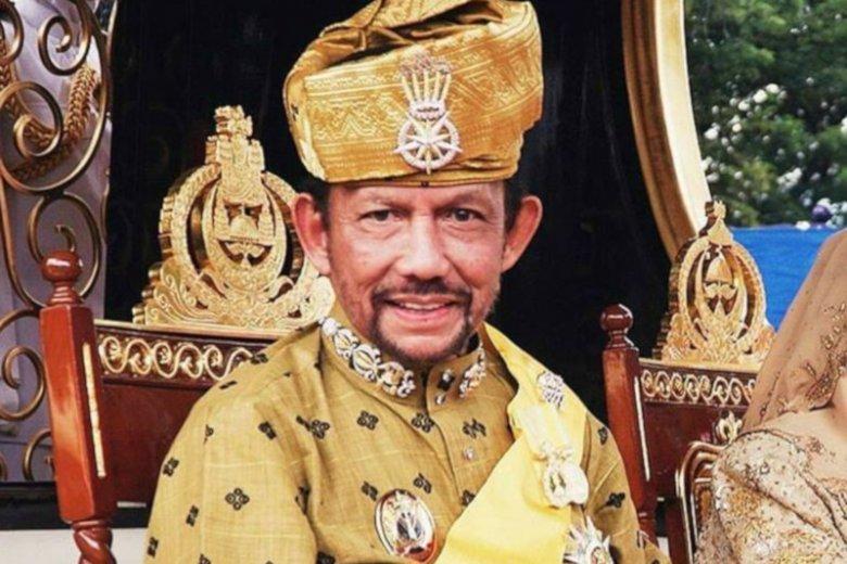 Sułtan Brunei Hassanal Bolkiah wprowadził karę kamienowania homoseksualistów.