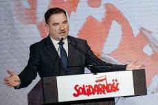 """""""Solidarność"""" odebrała logotyp związku z Medalu Wdzięczności Europejskiego Centrum Solidarności."""