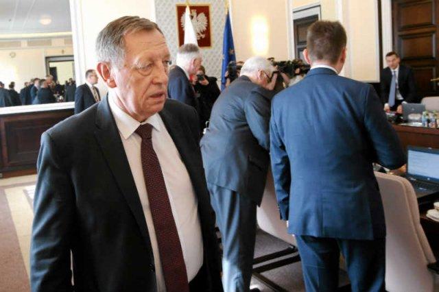 Minister Jan Szyszko znowu ma problemy z CBA.