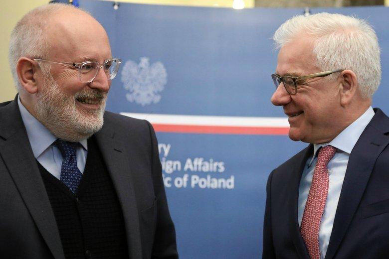 Frans Timmermans podczas kwietniowego spotkania z ministrem spraw zagranicznych Jackiem Czaputowiczem.