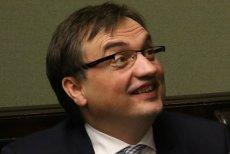 Kandydaci wybrani przez Zbigniewa Ziobrę na prezesów sądów nie wytrzymują środowiskowej presji i rezygnują ze stanowisk