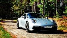 Najnowsza odsłona Porsche 911 Carrera niezmiennie zachwyca.