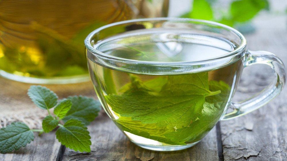 Zielona herbata będąca mieszkanką melisy, skórki pomarańczowej, pozwala się wyciszyć i zrelaksować