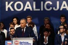 Koalicja Europejska prowadzi w ostatnim przedwyborczym sondażu.