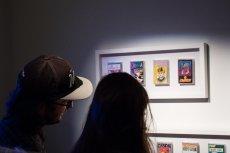 """Wśród eksponatów """"Disco relaks zobaczymy discopolowe perełki na kasetach. Wystawę możemy zwiedzać do 1 marca 2020 r."""