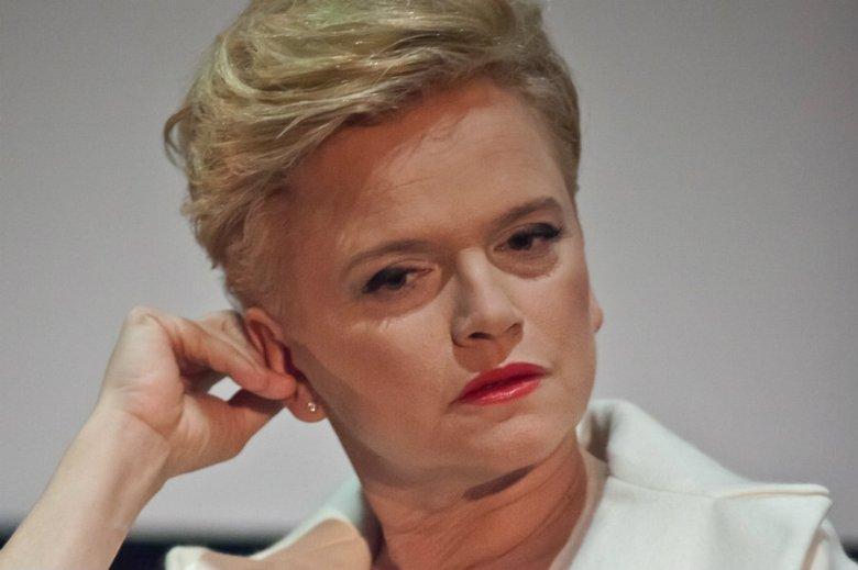 """Katarzyna Figura wyprzedaje majątek - donosi """"Super Express""""."""