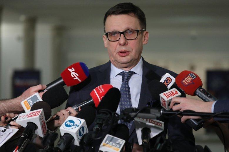 """Marek Ast jest przekonany, że żadne """"rewelacje"""" Marka Falenty nie są już w stanie zagrozić PiS."""