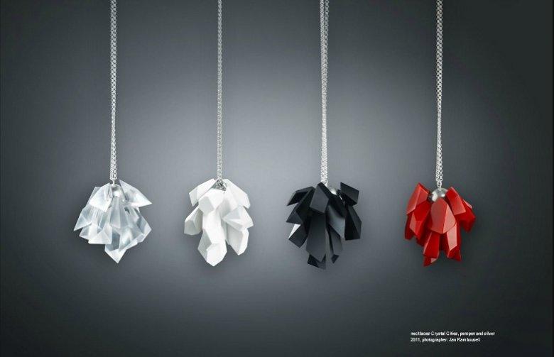 necklaces Crystal Cities, projekt: Markéta Richterová, fotograf: Jan Rambausek