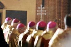 Politycy PiS otrzymali jasny przekaz od KEP, że robią źle, gdy upolityczniają polskie świątynie.