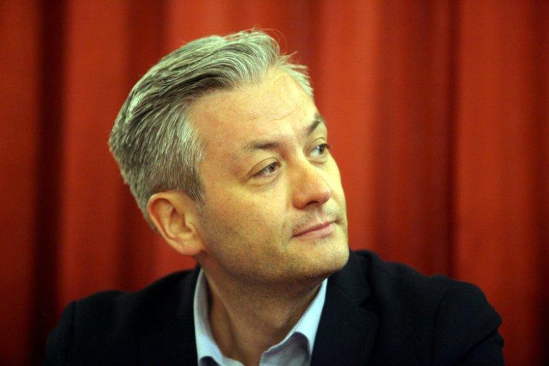 Robert Biedroń chciał wprowadzić miejski program edukacji seksualnej w szkołach. Pomysł upadł dzięki radnym z PiS i... PO.