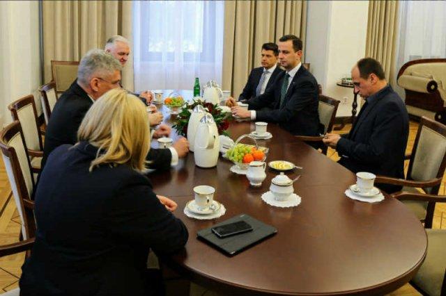 Ryszard Petru przyznał, że próby dojścia do porozumienia między opozycjąa PiS skończyły sięfiaskiem.