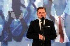 """Czy Piotr Duda zajmie się sprawą zwolnionej pielęgniarki ze szpitala w Złotoryi? Na razie szef """"Solidarności""""  obraził się na Twitterze."""
