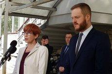 Elżbieta Rafalska jeszcze kilka dni temu deklarowała, że e-zwolnienia wejdą w życie 1 lipca, teraz jednak przesunęła termin na grudzień.