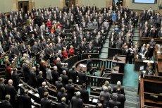46 posłów PO zagłosowało przeciwko związkom partnerskim. Można wysłać do nich maila.