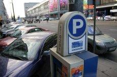 Od nowego roku w niektórych miastach pierwsza godzina parkowania może kosztować nawet 9 zł.