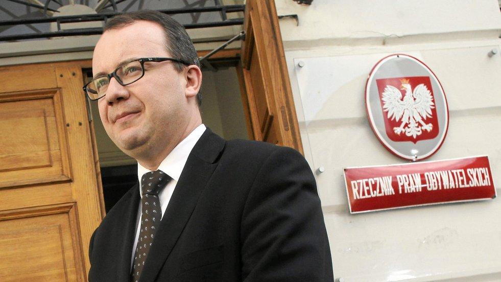 W rozmowie z naTemat Rzecznik Praw Obywatelskich dr Adam Bodnar nie ukrywa, że ustrój Polski coraz mniej przypomina prawdziwą demokrację.