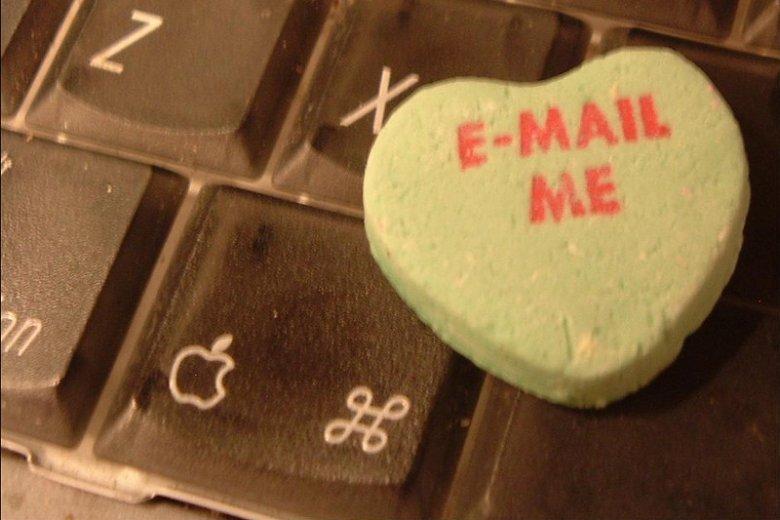 Historia naszych maili potrafi rozbawić i wzruszyć. Jaka była twoja pierwsza wysłana wiadomość?