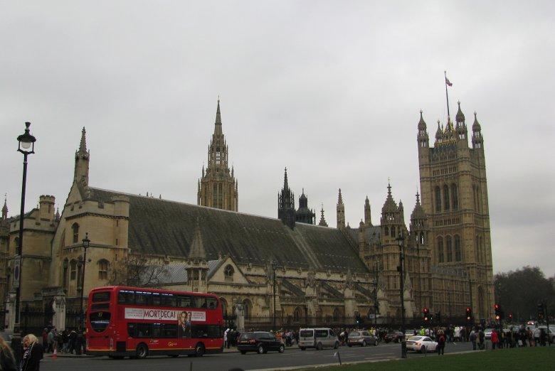 Westminster Abbey od strony Big Bena.