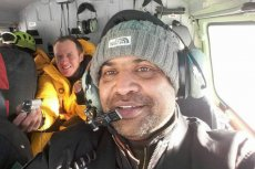 Jahanzeb Qazi, pilot, który uratował Elizabeth Revol.