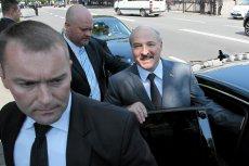"""Łukaszenka mówi, że jest dumny z określenia """"ostatni dyktator Europy""""."""