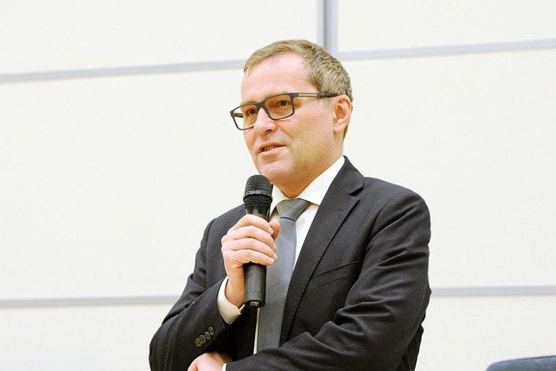 Prawicowi publicyści tacy, jak Cezary Gmyz skarżyli się na niemieckich dziennikarzy podczas debaty w Niemczech.