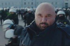 Patryk Vega nakręcił spoty promujące pracę w policji.